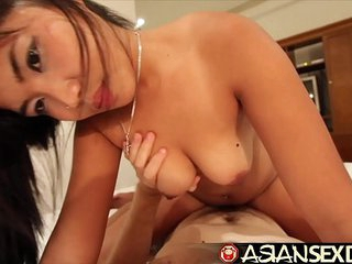 Asian Sex Diary - Horny young cute Asian knows how to ride cock