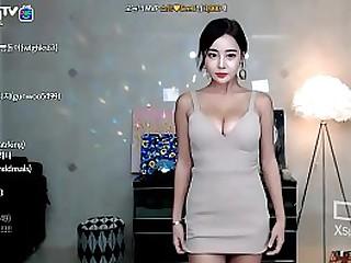 asian girl sexy dance